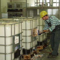 3-Außenreinigung-Etiketten-entfernen